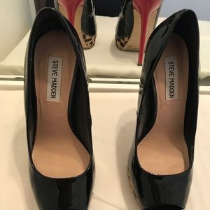 Steve Madden size 9 black patent leather heels